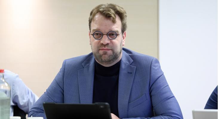 'Budget schaakbond is drie keer zo hoog als dat van KNMO'