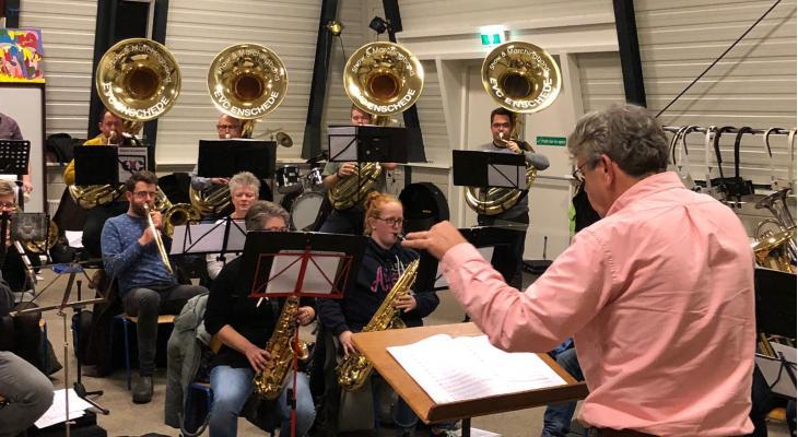 Peter Smits nieuwe dirigent bij EVC Enschede