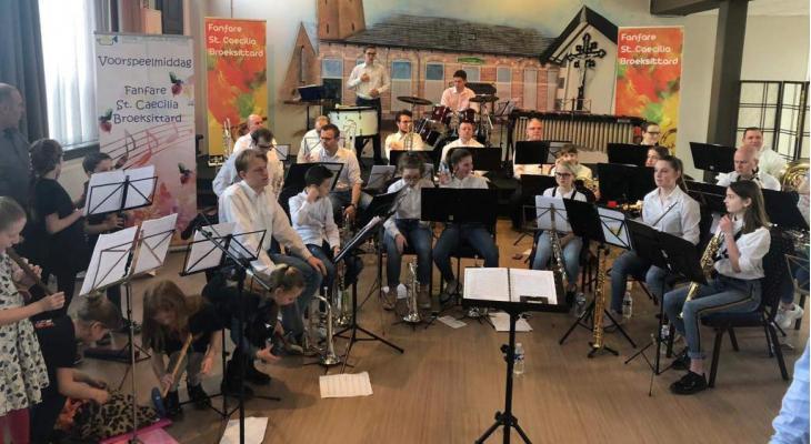 St. Caecilia Broeksittard zoekt dirigent voor Jeugfanfaar Zitterd
