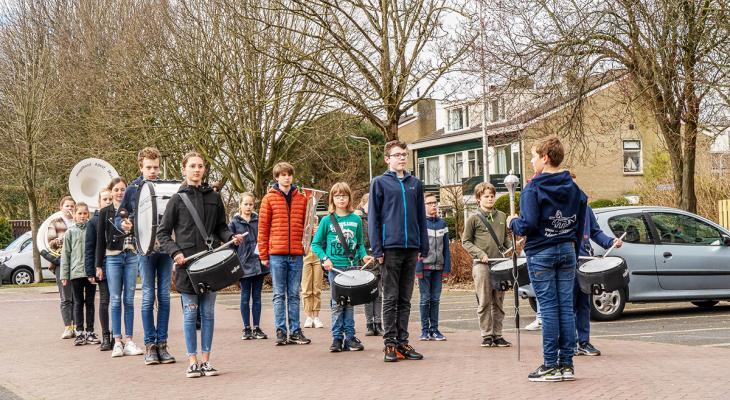 Jeugdband Adest Musica Sassenheim weer aan de slag
