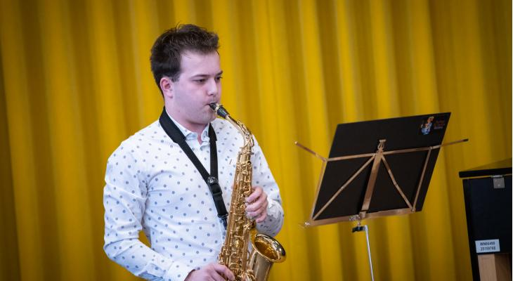 Thijs Linssen wint Open Peel en Maas Solistenconcours