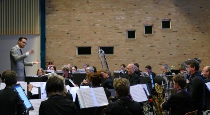 Stedelijke Harmonie Harderwijk zoekt dirigent voor concertorkest