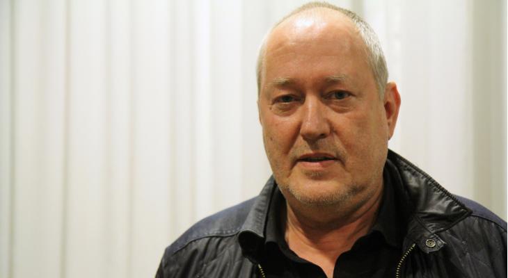 <p>Jan-Willem van Kruyssen houdt clubs spiegel voor</p>