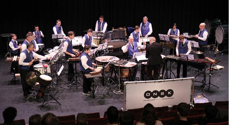 ONSK past concept voor ongestemde ensembles aan