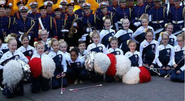 St. Jeanne d'Arc Noordwijkerhout start met majorette en twirl G-team