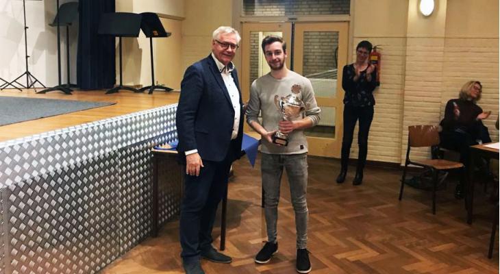 Saxofonist Tom Linssen wint Huub Urlings Concours