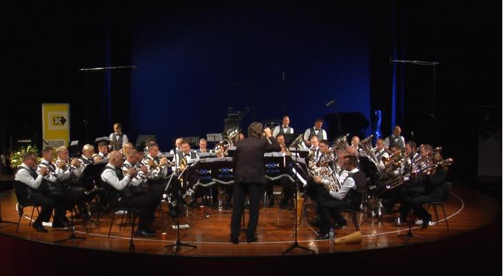 Brassband Merum in Missa in F-Dur met Duits koor