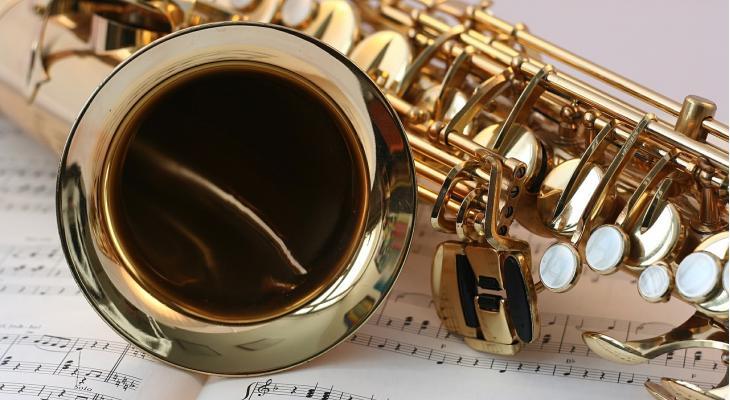 Brass en fanfare samen in Uddel