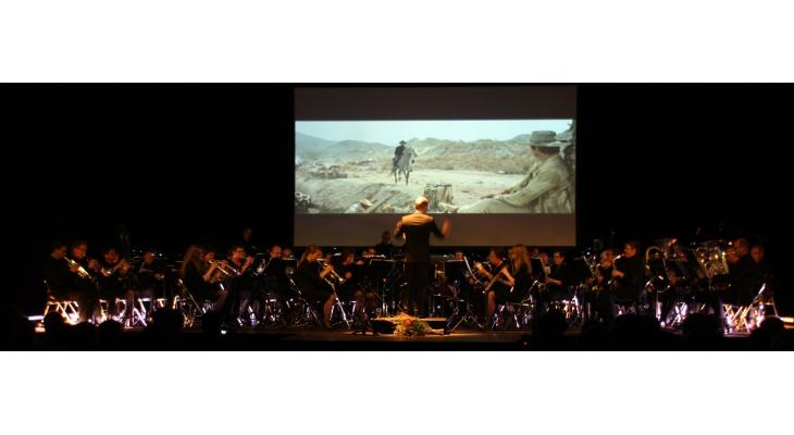 Hymn of the Highlands door projectorkestHighland Orchestra