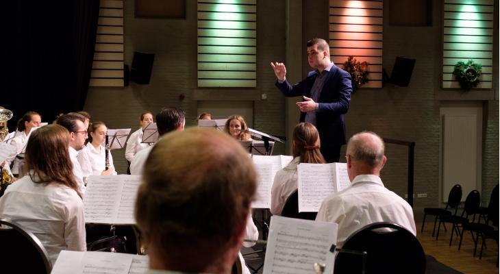 Thom Roosen nieuwe dirigent van Euterpe Venray