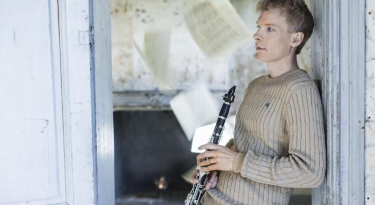 Klarinetvirtuoos Martin Fröst soleert en dirigeert bij philharmonie zuidnederland