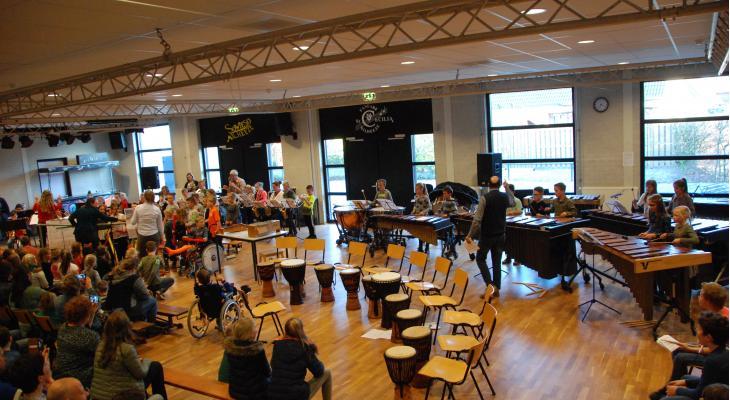 Sint Cecilia Milheeze zet gratis muziekles voort