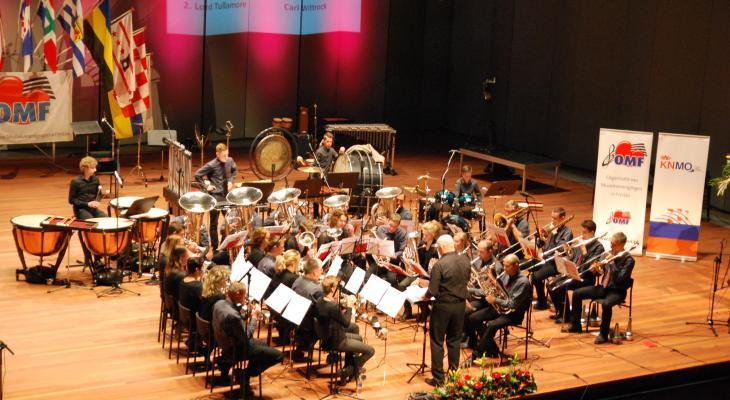 Excelsior Driesum zoekt dirigent(e)