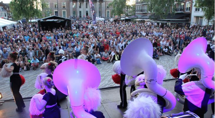 Friesland pakt door met Van krimp naar groei