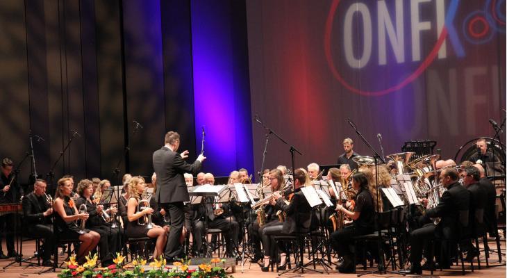 14 uur ONFK-fanfaremuziek bij Omrop Fryslân
