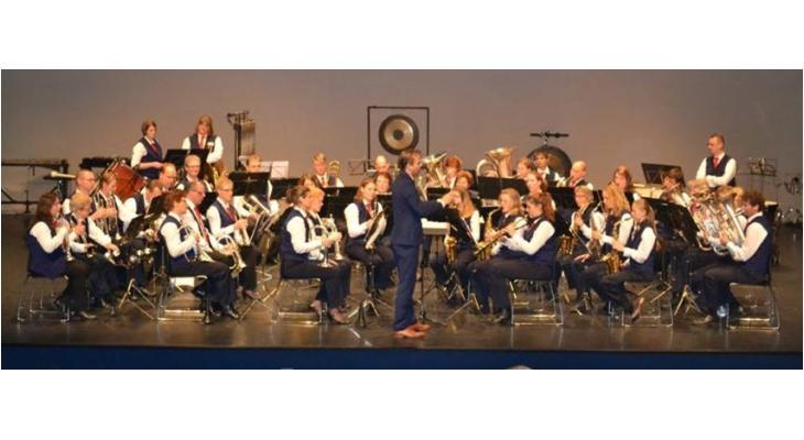 Linfano Linschoten viert 55-jarig bestaan met themaconcert Ons Dorp