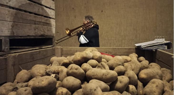 Repetitie tussen de piepers van boer Henk