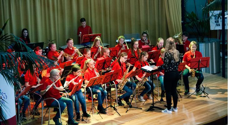 Armonia Hengelo zoekt dirigent leerlingenorkest