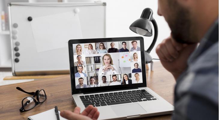Dialoogsessies voor dirigenten, bestuurders en belangstellenden