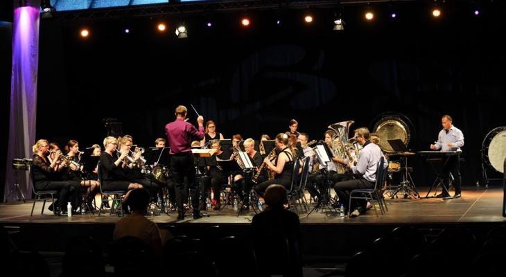 Crescendo Idskenhuzien-Sint Nicolaasga zoekt dirigent(e)