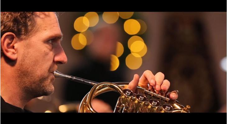 Prachtige beelden van David Oosterwolde in Kerst met David