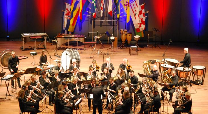 Fanfare Looft den Heer Oudega zoekt dirigent