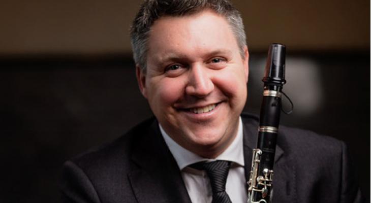 TopklarinettistArno Piters soleert op 1e verjaardagHeritage Sinfoniëtta