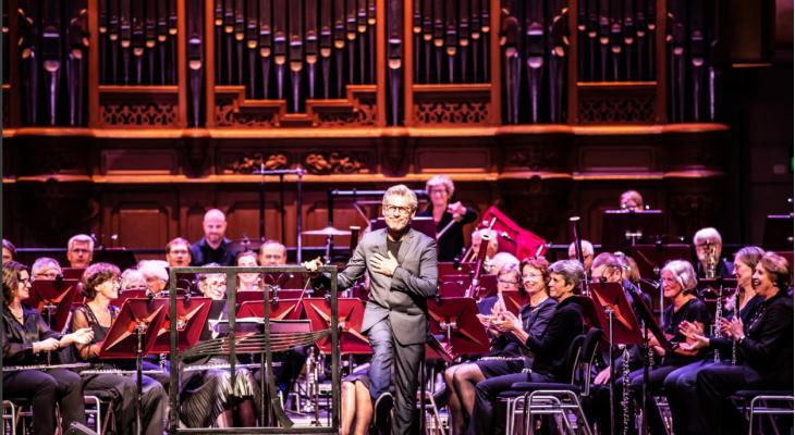 Blaasorkest Heemstede: 10 met een baton