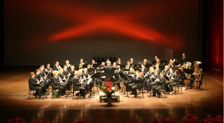 Koninklijke Harmonie Sint Cecilia Tegelen zoekt dirigent m/v