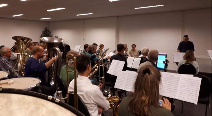 Harmonie Vlijt & Eendracht Rijen presenteert freedom-concert