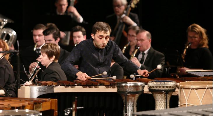 Dominique Vleeshouwers soleert op vibrafoon