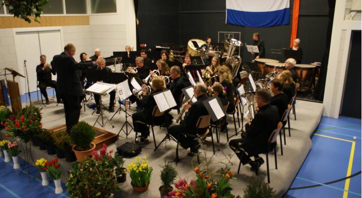 Samen Voorwaarts 't Veld/Zijdewind/Waarland zoekt dirigent
