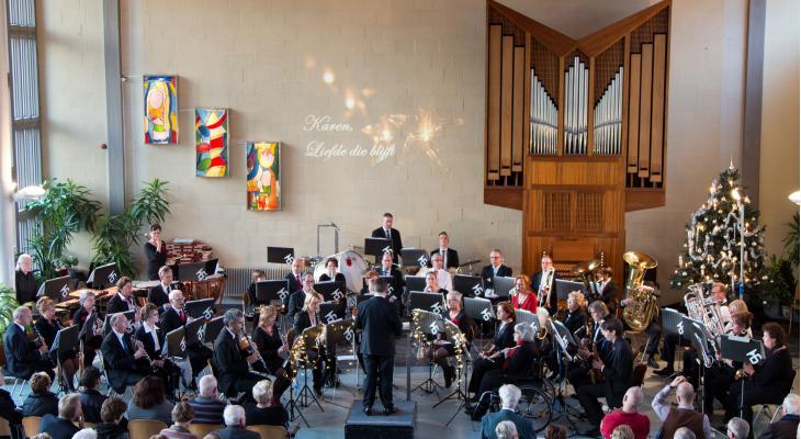 Kerstconcert door Harmoniecorps Tuindorp
