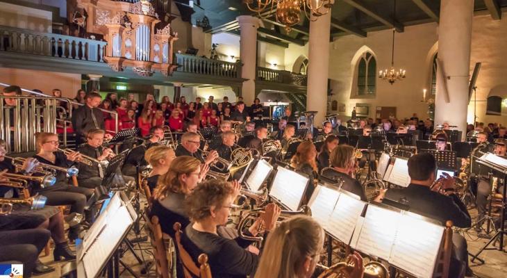 De Bazuin Meppel zoekt dirigent voor fanfareorkest